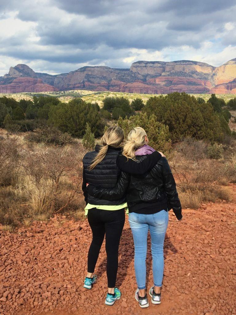 best Arizona girls weekend, Sedona AZ, girls trip to red rocks park, sedona AZ