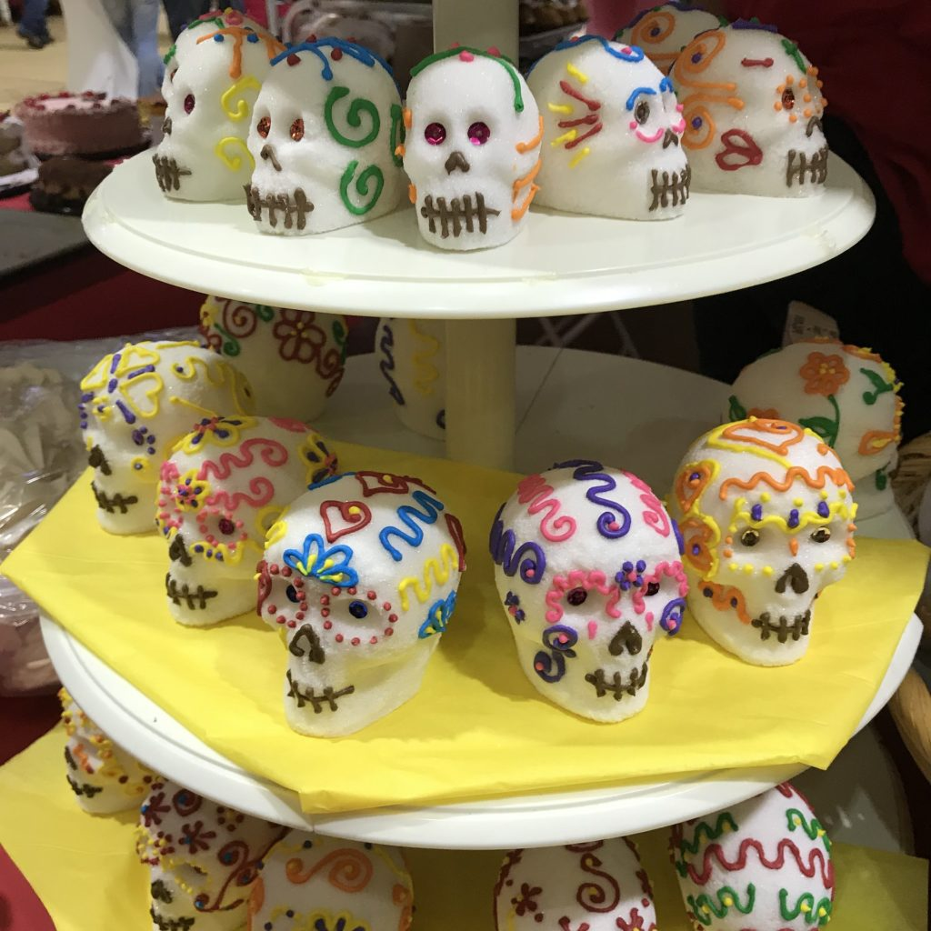 sugar skulls, day of the dead, dia de muertes