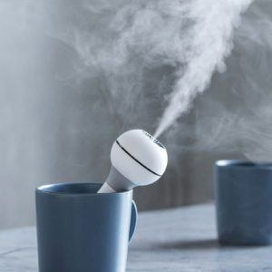 travel humidifier, portable humidifier, humidifier to go, aromatherapy, gifts for travelers,