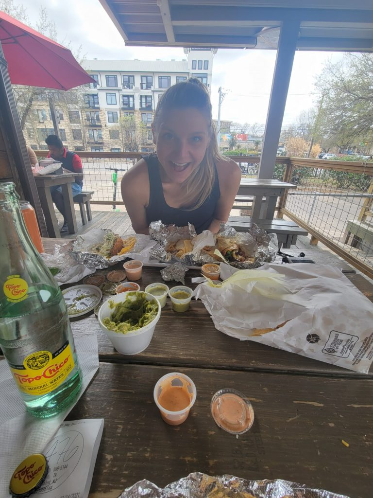 eating, tacos, toni wheel, austin, layover, flight attendants, what do flight attendants eat?, traveling with dietary restrictions, eating on the road, appetite, vegetarian, pescatarian