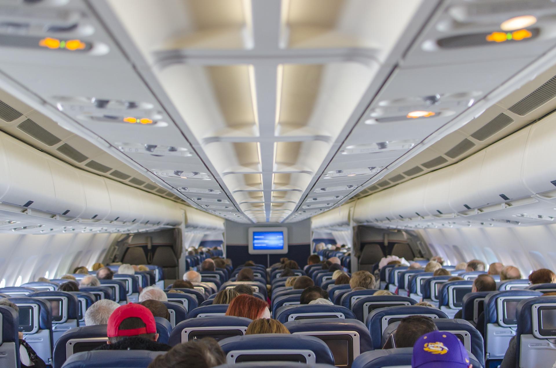 summer travel is the worst, flight attendant life, why flight attendants hate summer travel, flight attendant blog, travel blog, summer flying, why is summer travel the worst,
