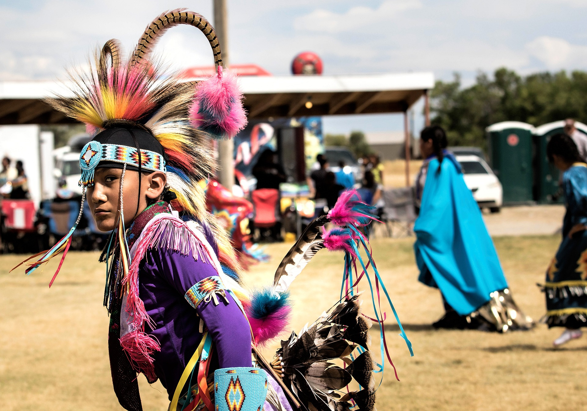 native american, indigenous, how to support indigenous people while traveling, travel, powwow, ceremony, american indian