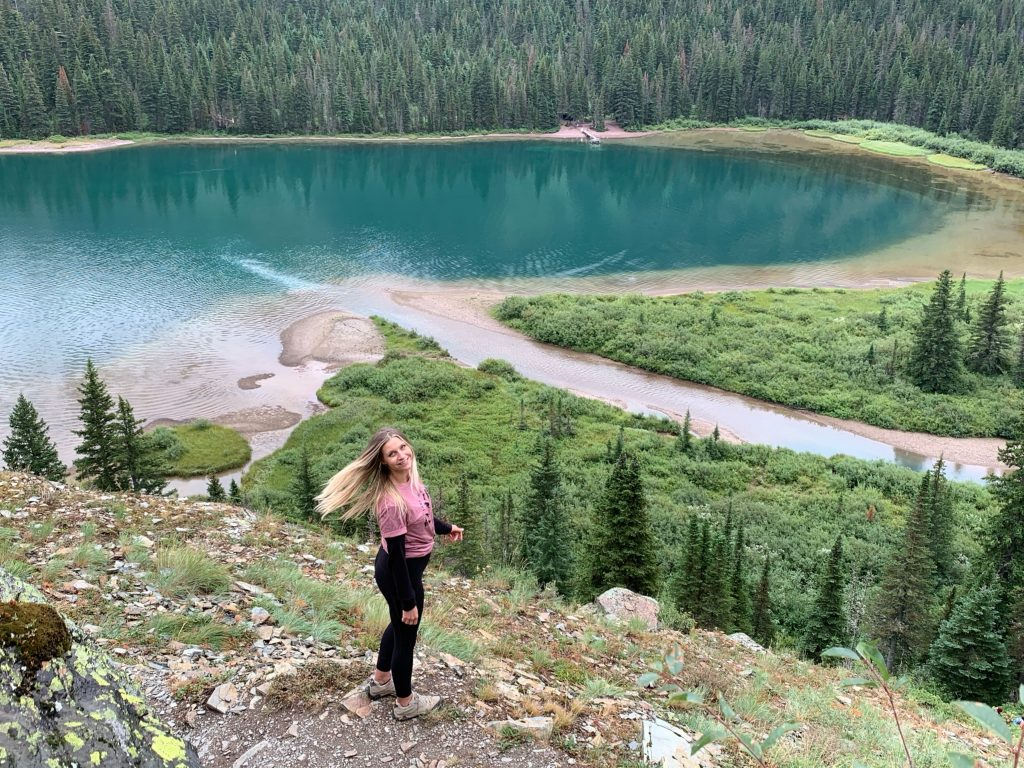 Montana travel, things to do in Montana, traveling to Montana, solo trip to glacier national park, solo trip to Glacier, Toni Wheel, Awheelinthesky.com, Grinnell Glacier Hike, Montana, visiting Glacier NAtional Park, solo trip to Montana, best hikes, lake, glacier,