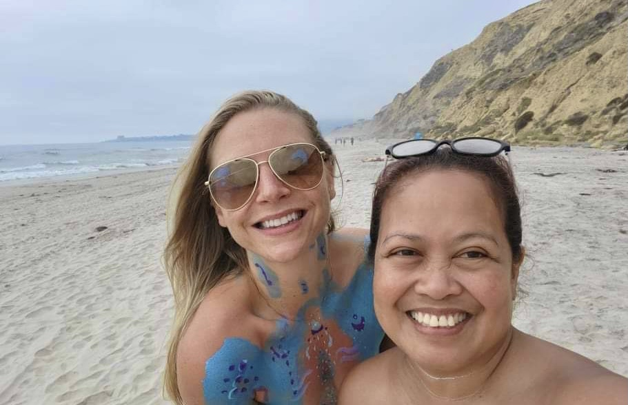 friends, new friends, nude beach, making friends at the nude beach, stepping out of your comfort zone, Black's Beach, San Diego, hiking San Diego, San Diego beaches, things to do in san diego, nudity