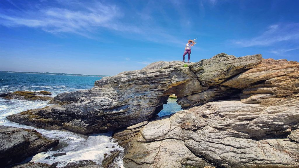 things to do rhode island, beavertail state park, rhode island, things to do in rhode island, trails rhode island, lighthouse rhode island, things to do RI, best things to do RI, rhode island, coastal trails, traveling to RI