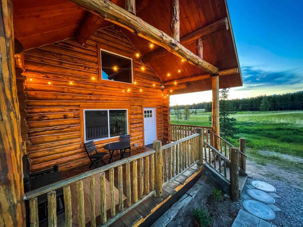 montana cabin, where to stay near glacier national park, where to stay for bachelorette party in montana, bachelorette party in glacier national park, bigfork Montana,