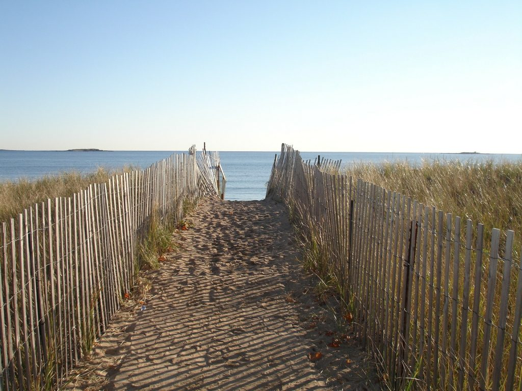 summer in new england, coastal new england, new england summer getaway, beaches rhode island, beaches MA, CT beaches, Maine beaches, NH beaches, coastal, seaside